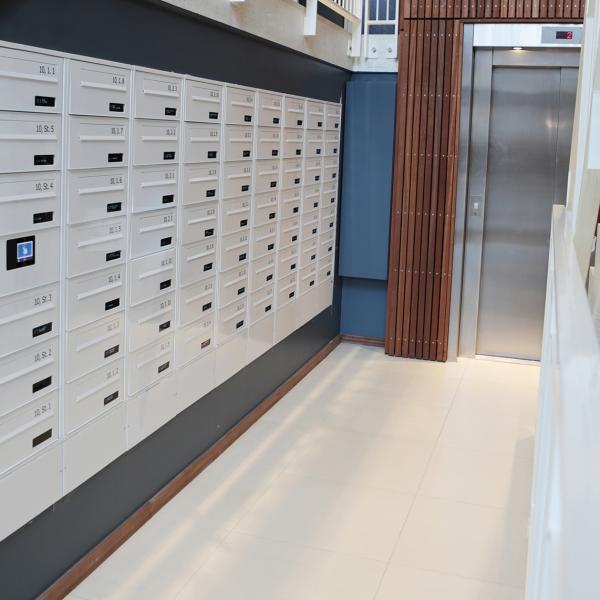 Renz e-Line elektronisk postkasseanlæg - Jyllandsgade