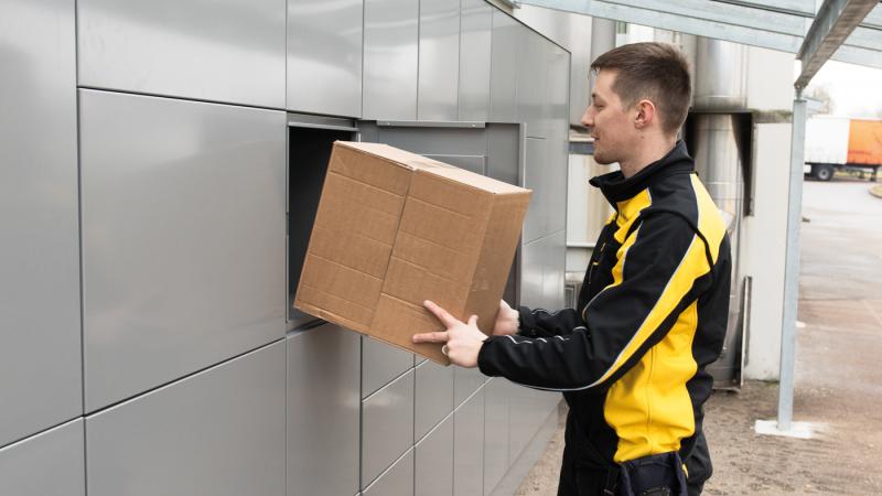 myRENZbox pakkepostanlæg er åben for alle distributører